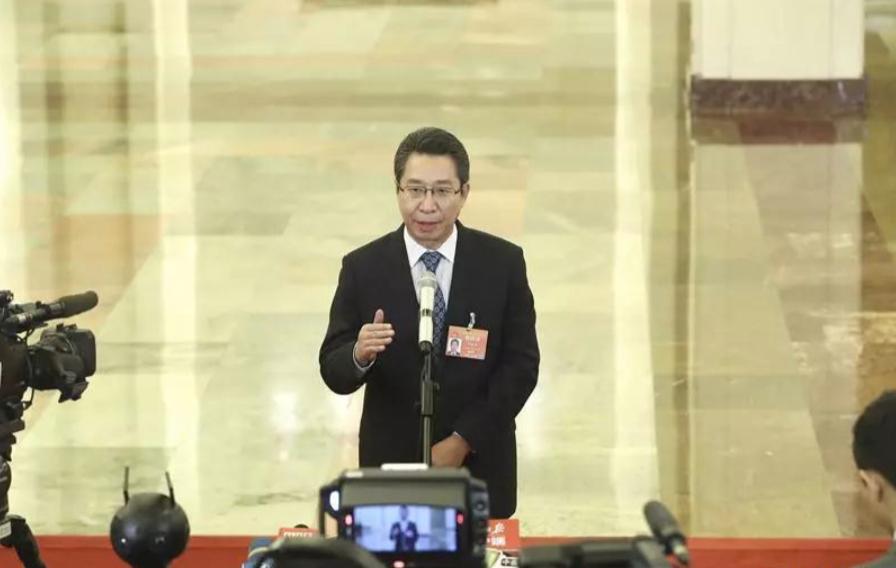 """申长雨在全国两会""""部长通道""""接受媒体采访"""